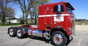 Freightliner cab over truck lettering for Al Bender Elroy, Wisconsin